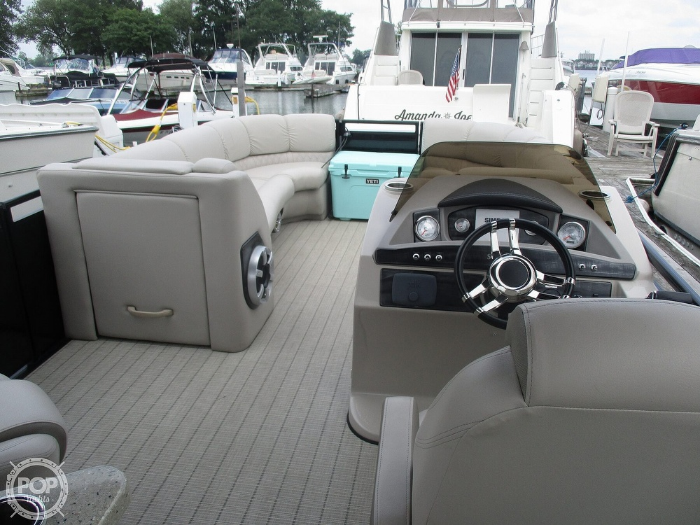 2017 Harris boat for sale, model of the boat is Solstice 240 & Image # 25 of 41