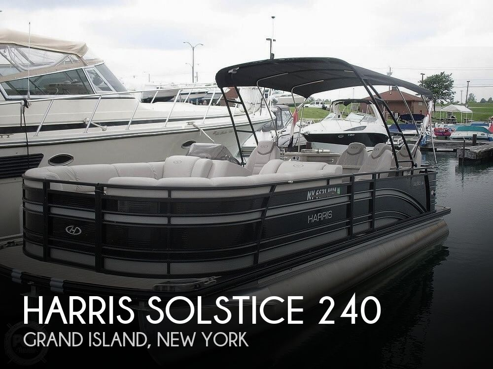 2017 Harris boat for sale, model of the boat is Solstice 240 & Image # 1 of 41