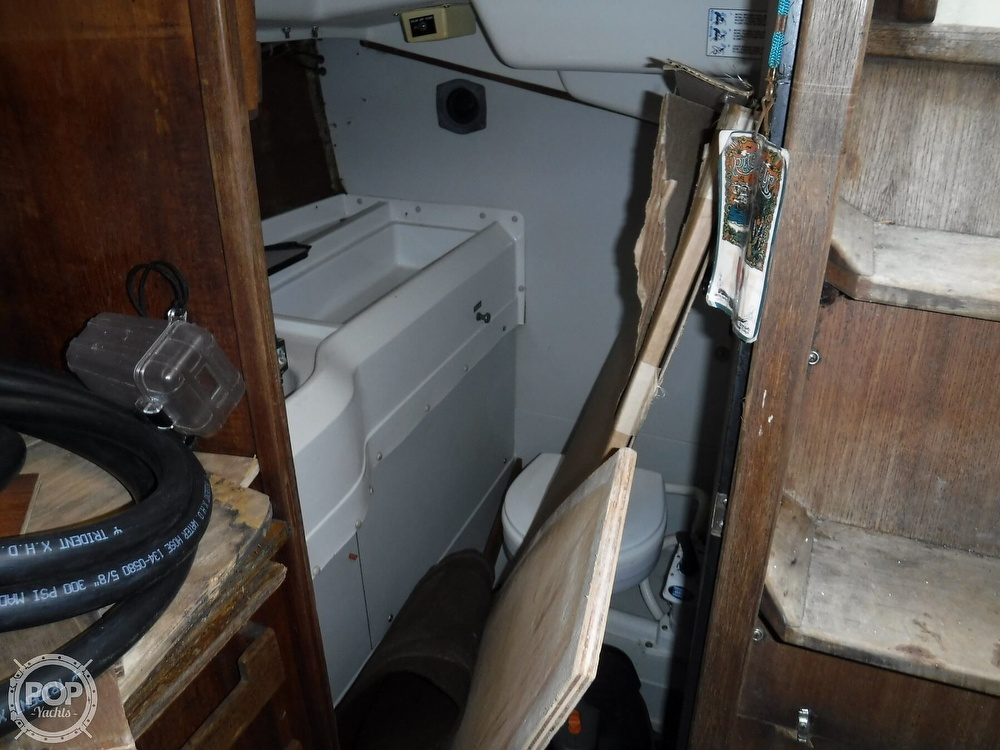 1989 O'day boat for sale, model of the boat is 302 & Image # 11 of 32