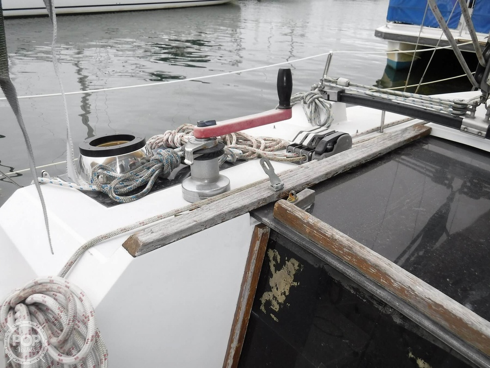 1989 O'day boat for sale, model of the boat is 302 & Image # 22 of 32