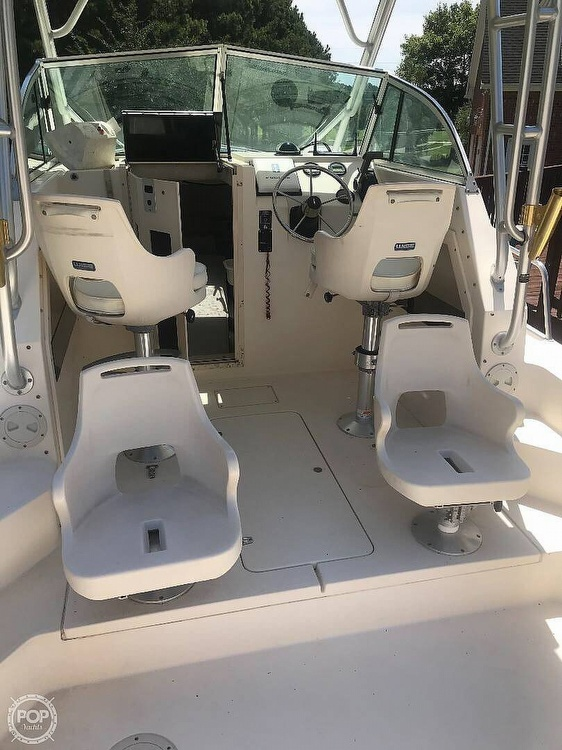 2004 Parker Marine boat for sale, model of the boat is 2310 DV & Image # 8 of 40
