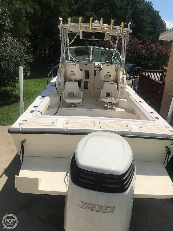 2004 Parker Marine boat for sale, model of the boat is 2310 DV & Image # 9 of 40