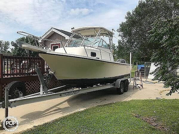 2004 Parker Marine boat for sale, model of the boat is 2310 DV & Image # 14 of 40
