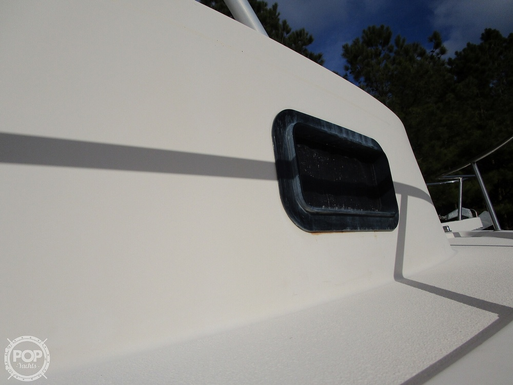 2004 Parker Marine boat for sale, model of the boat is 2310 DV & Image # 25 of 40