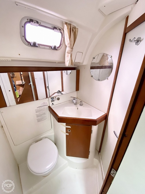 2011 Beneteau boat for sale, model of the boat is Oceanis 50 & Image # 22 of 41
