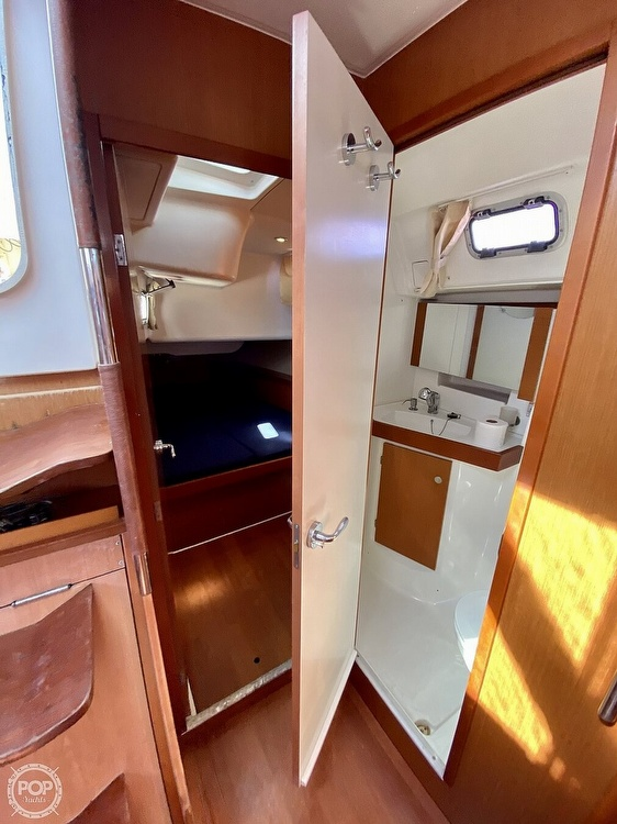 2011 Beneteau boat for sale, model of the boat is Oceanis 50 & Image # 28 of 41
