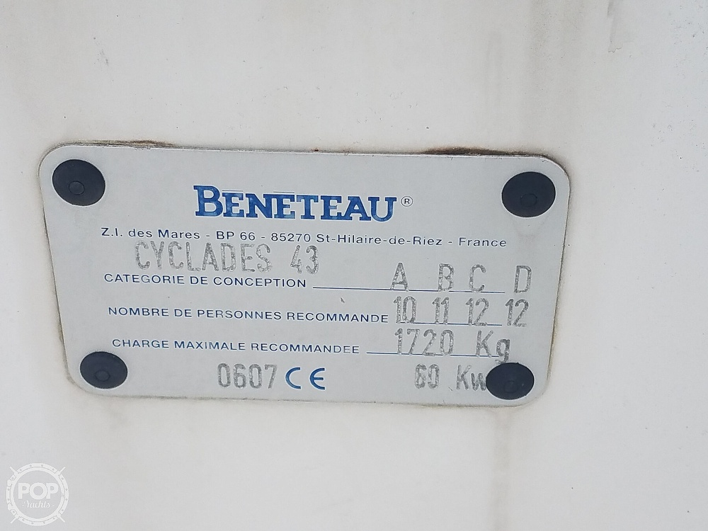 2006 Beneteau boat for sale, model of the boat is Cyclades 43.3 & Image # 29 of 40
