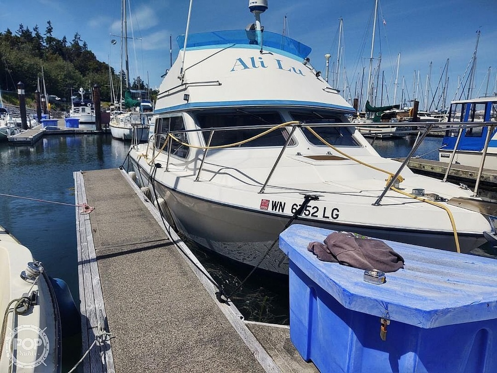 1988 Commander boat for sale, model of the boat is Sport Fisherman & Image # 13 of 30
