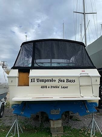 1988 Sea Ray boat for sale, model of the boat is 300 Weekender & Image # 3 of 21
