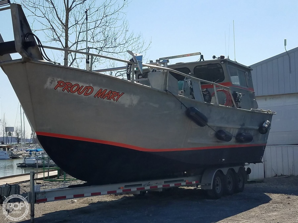 1983 Knights Enterprises boat for sale, model of the boat is 32 & Image # 5 of 15