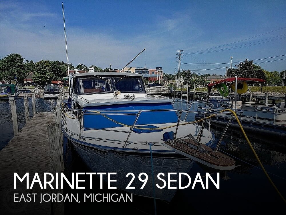 1988 Marinette boat for sale, model of the boat is 29 Sedan & Image # 1 of 6