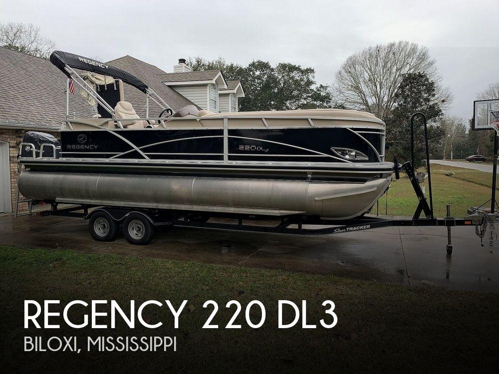 2015 Regency boat for sale, model of the boat is 220 DL3 & Image # 1 of 40