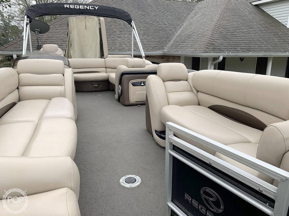 2015 Regency boat for sale, model of the boat is 220 DL3 & Image # 13 of 40