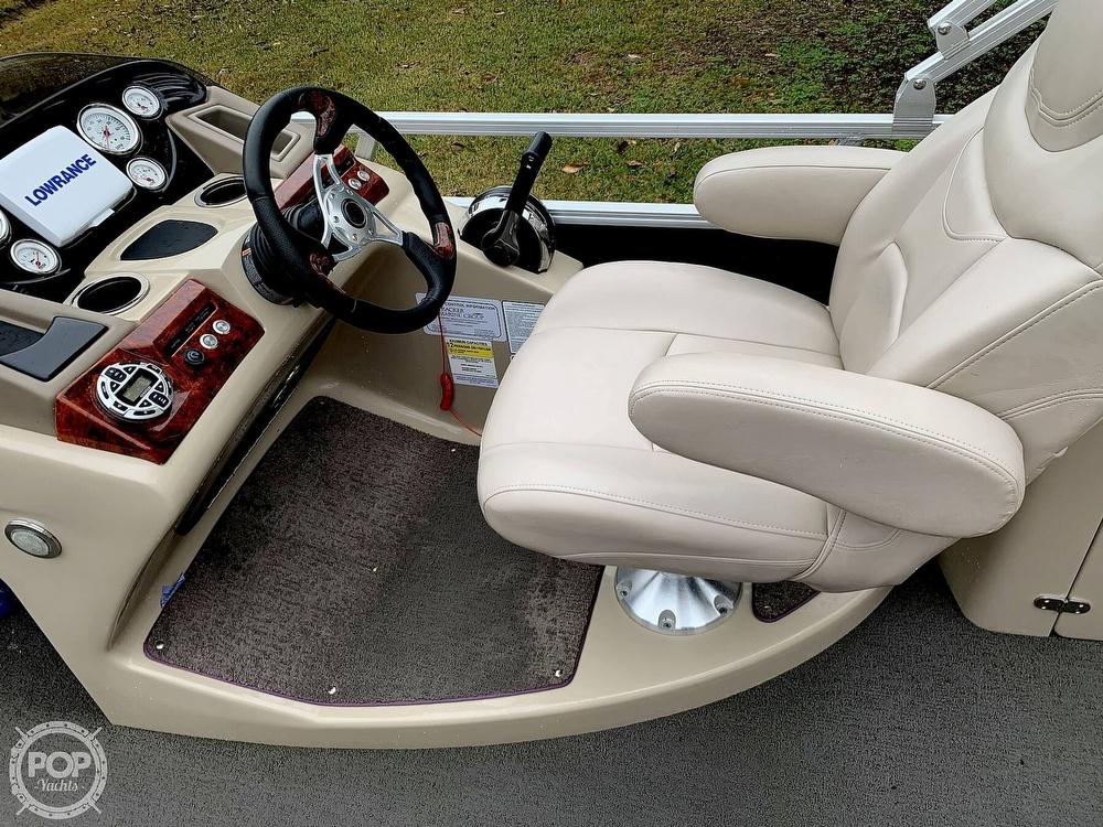 2015 Regency boat for sale, model of the boat is 220 DL3 & Image # 38 of 40