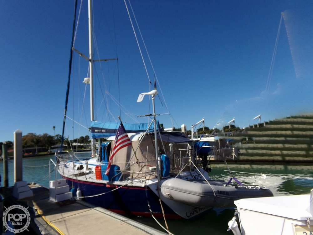 1984 Hunter boat for sale, model of the boat is 40 & Image # 2 of 40