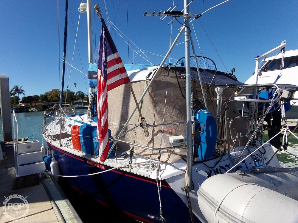 1984 Hunter boat for sale, model of the boat is 40 & Image # 18 of 40