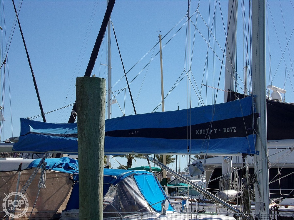 1984 Hunter boat for sale, model of the boat is 40 & Image # 21 of 40