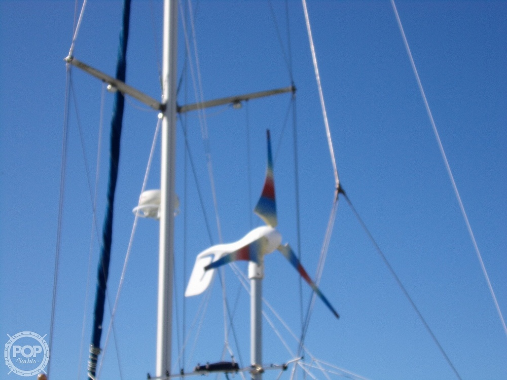 1984 Hunter boat for sale, model of the boat is 40 & Image # 24 of 40