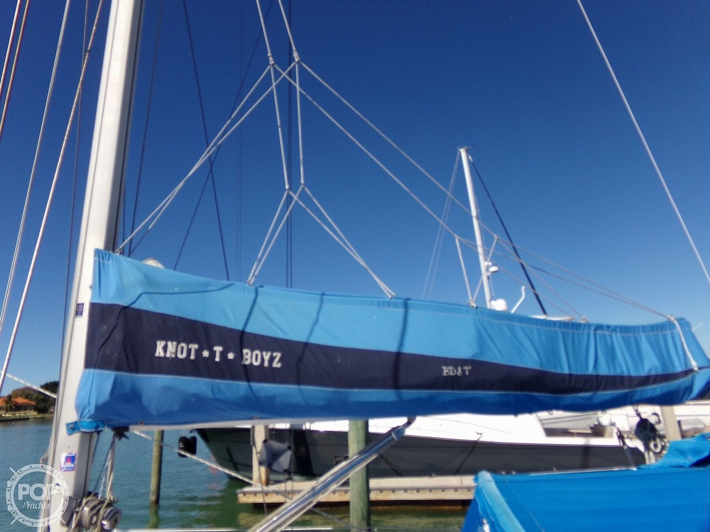 1984 Hunter boat for sale, model of the boat is 40 & Image # 35 of 40
