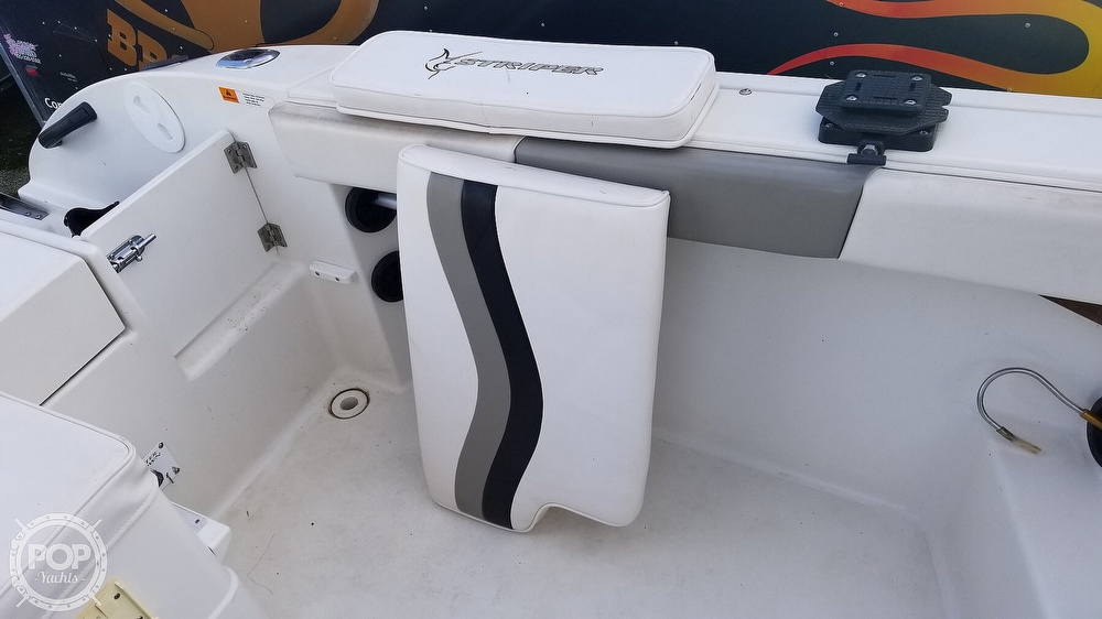 2002 Seaswirl boat for sale, model of the boat is Striper 2301 & Image # 28 of 40