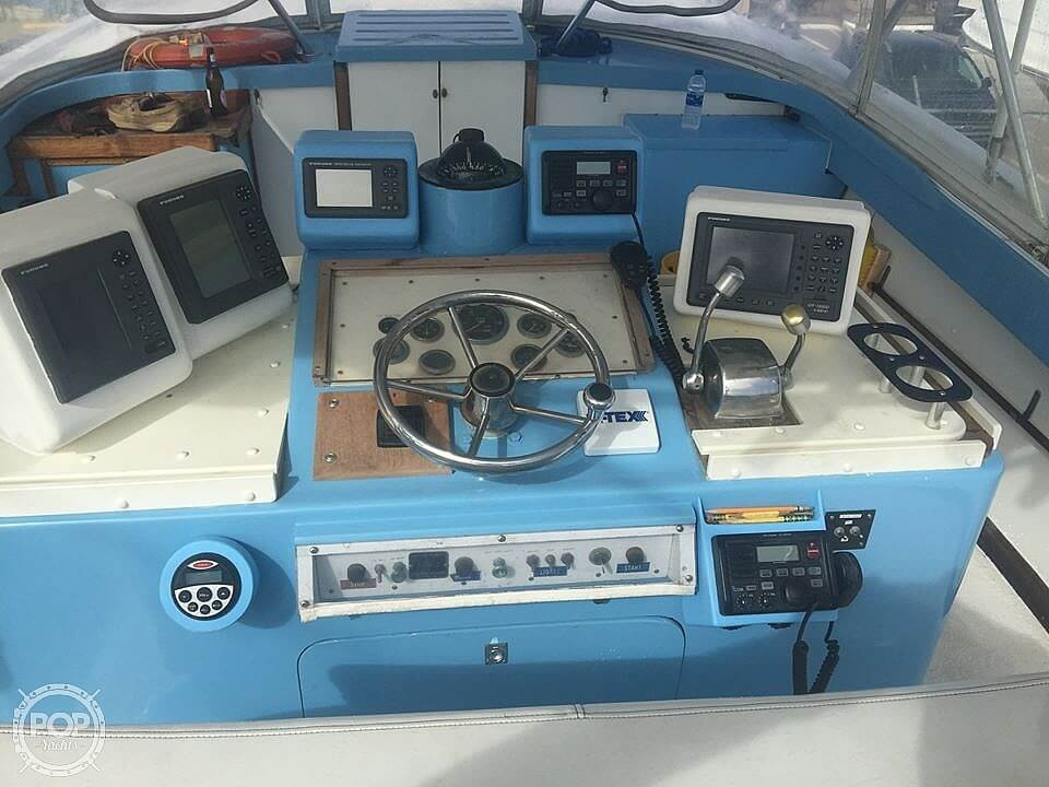 1976 Pacemaker boat for sale, model of the boat is Day Boat & Image # 5 of 40