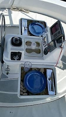 2001 Hunter boat for sale, model of the boat is 340 & Image # 11 of 17