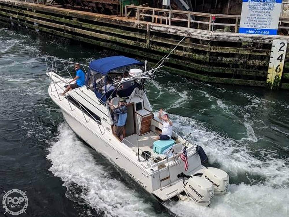 1993 Skipjack boat for sale, model of the boat is 262 Flybridge & Image # 2 of 19
