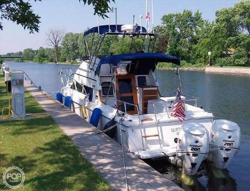 1993 Skipjack boat for sale, model of the boat is 262 Flybridge & Image # 12 of 19