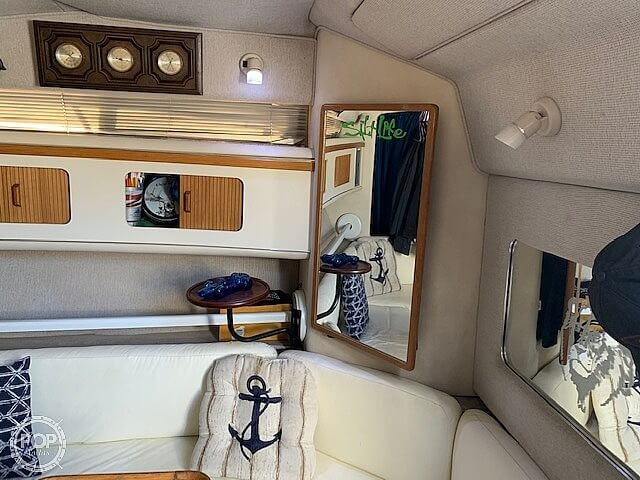 1992 Sea Ray boat for sale, model of the boat is 330 Express Cruiser & Image # 39 of 41