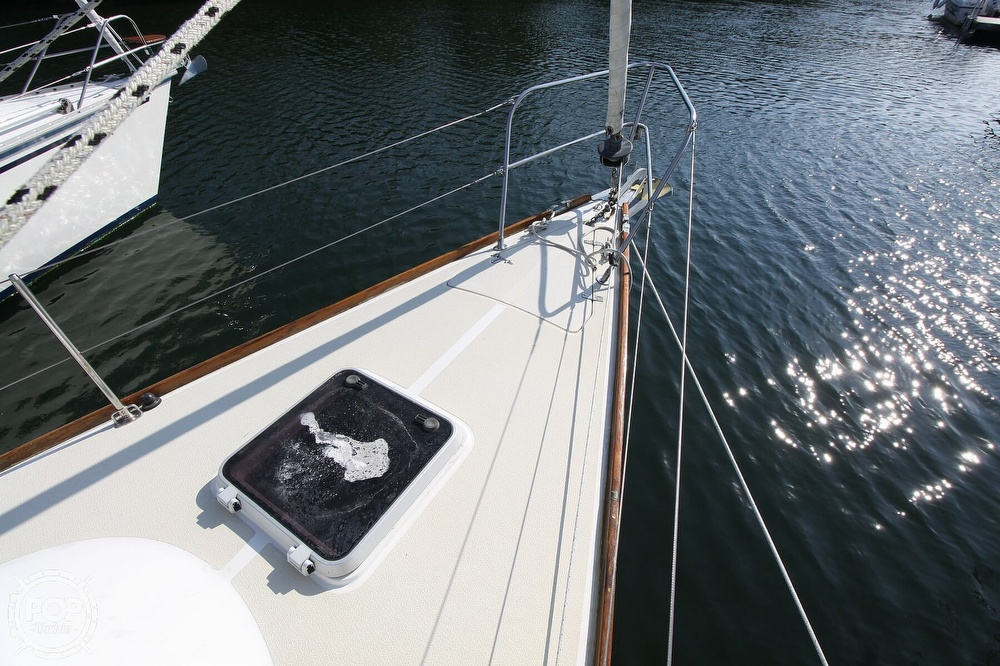 1989 Tartan boat for sale, model of the boat is 34-2 & Image # 5 of 40
