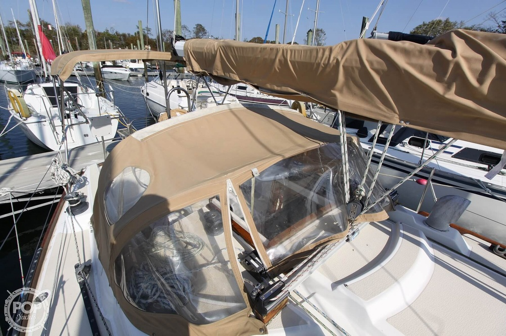 1989 Tartan boat for sale, model of the boat is 34-2 & Image # 14 of 40