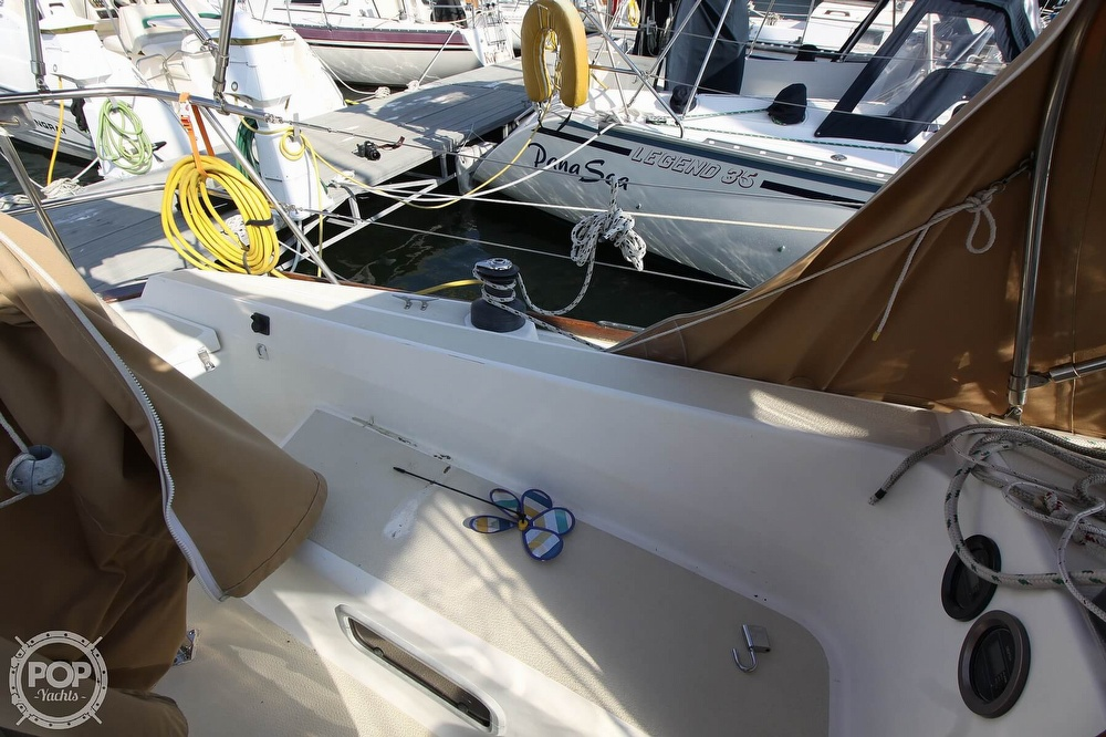 1989 Tartan boat for sale, model of the boat is 34-2 & Image # 23 of 40