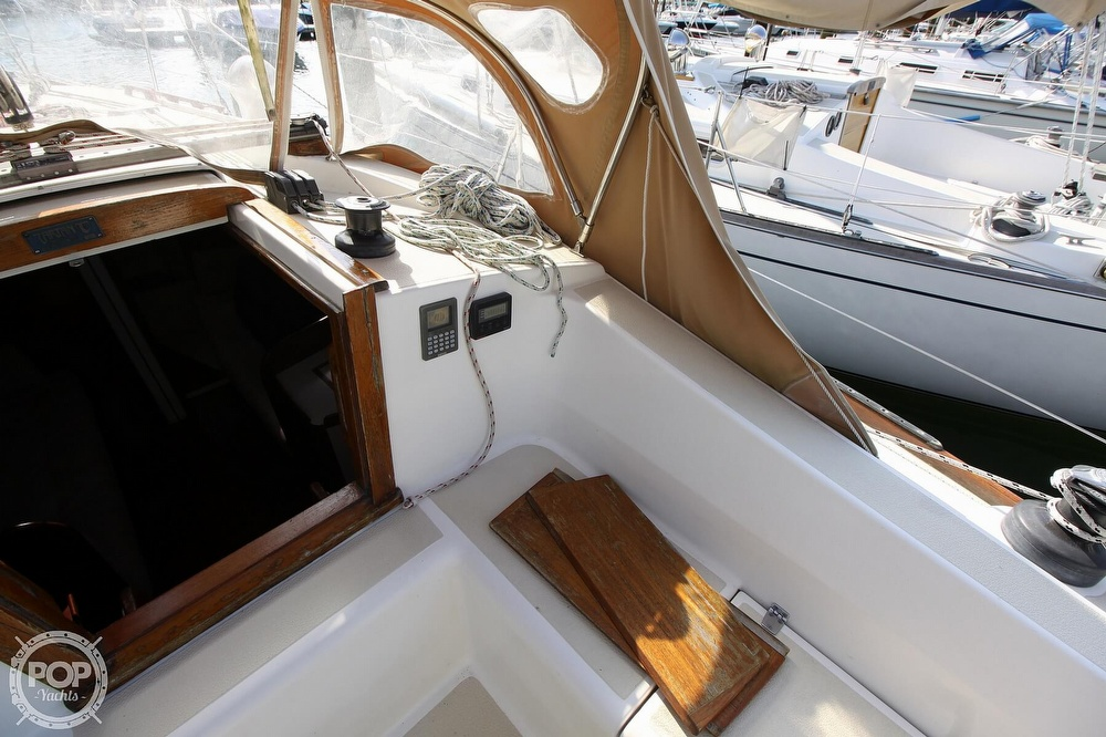 1989 Tartan boat for sale, model of the boat is 34-2 & Image # 25 of 40