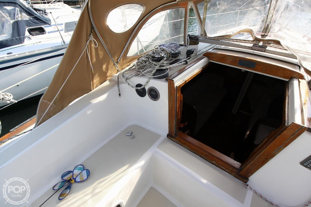 1989 Tartan boat for sale, model of the boat is 34-2 & Image # 26 of 40