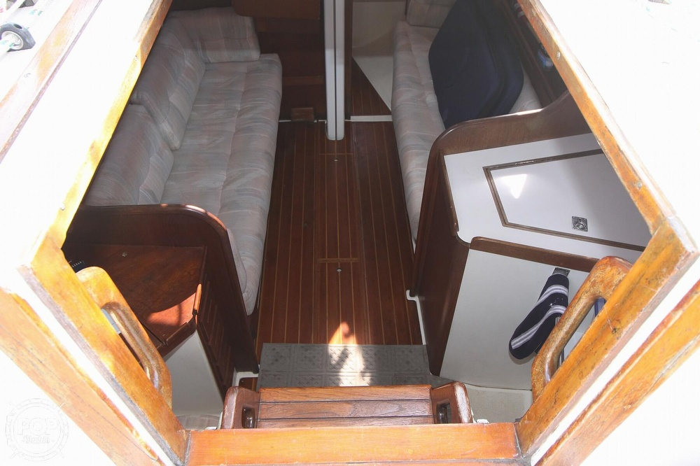 1989 Tartan boat for sale, model of the boat is 34-2 & Image # 35 of 40