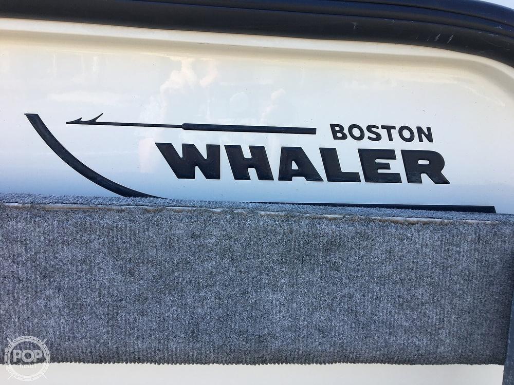 2007 Boston Whaler 210 Outrage - image 6