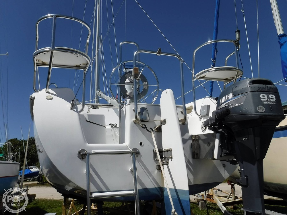 2002 Catalina Yachts boat for sale, model of the boat is 250k & Image # 16 of 40