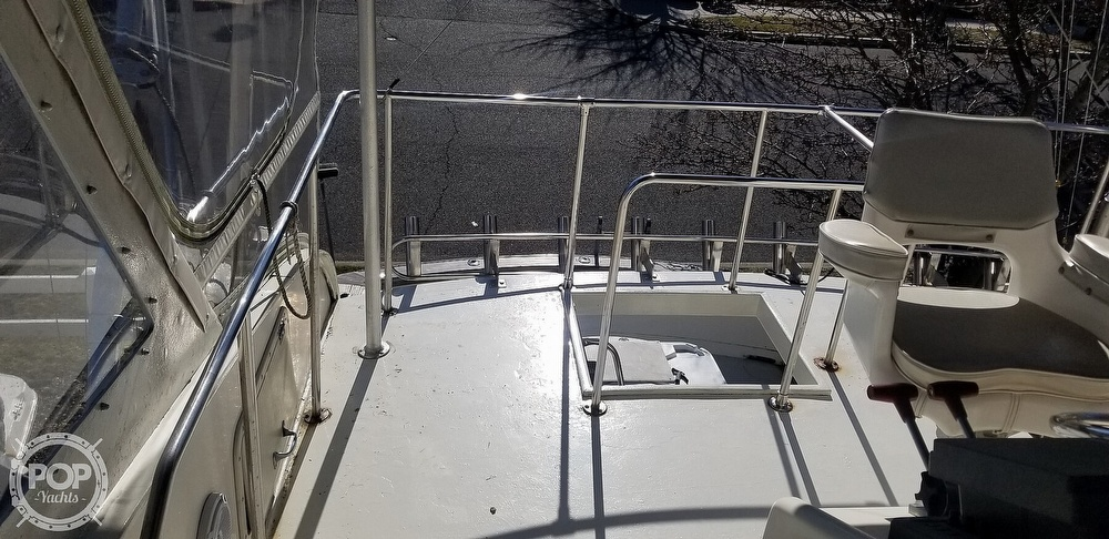 1985 Henriques boat for sale, model of the boat is 44 Sportfish & Image # 8 of 40