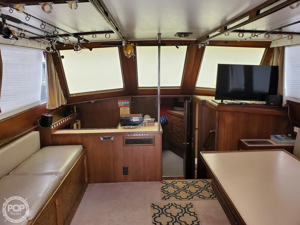 1985 Henriques boat for sale, model of the boat is 44 Sportfish & Image # 28 of 40