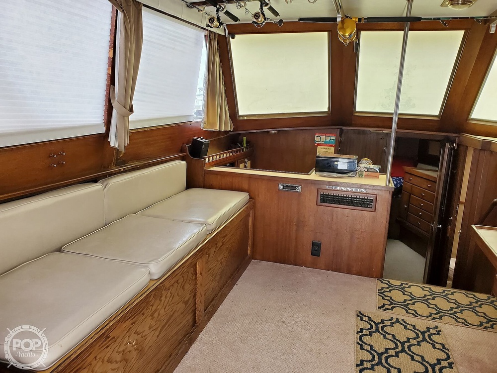 1985 Henriques boat for sale, model of the boat is 44 Sportfish & Image # 30 of 40