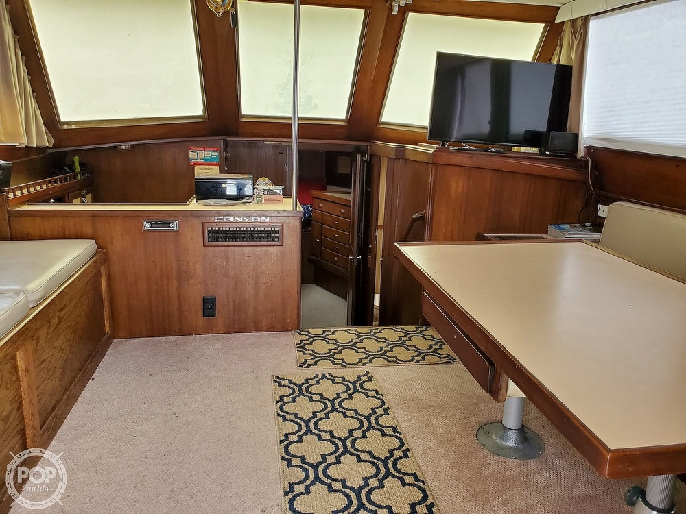 1985 Henriques boat for sale, model of the boat is 44 Sportfish & Image # 32 of 40