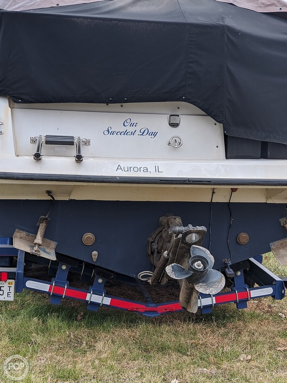 1990 Carver boat for sale, model of the boat is 528 Montego & Image # 14 of 21