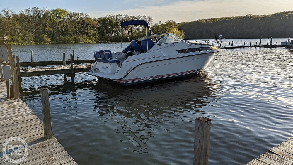 1990 Carver boat for sale, model of the boat is 528 Montego & Image # 19 of 21
