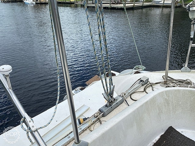 1994 Fountaine Pajot boat for sale, model of the boat is Athena 38 & Image # 19 of 40