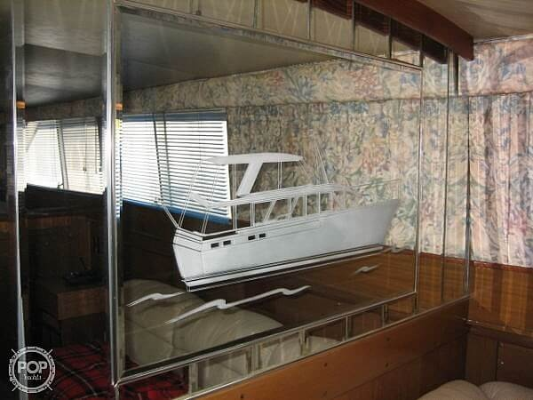 1966 Chris Craft boat for sale, model of the boat is 47 Commander & Image # 30 of 40