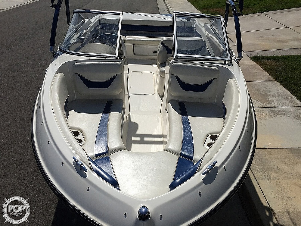 2004 Bayliner boat for sale, model of the boat is 225 & Image # 6 of 25