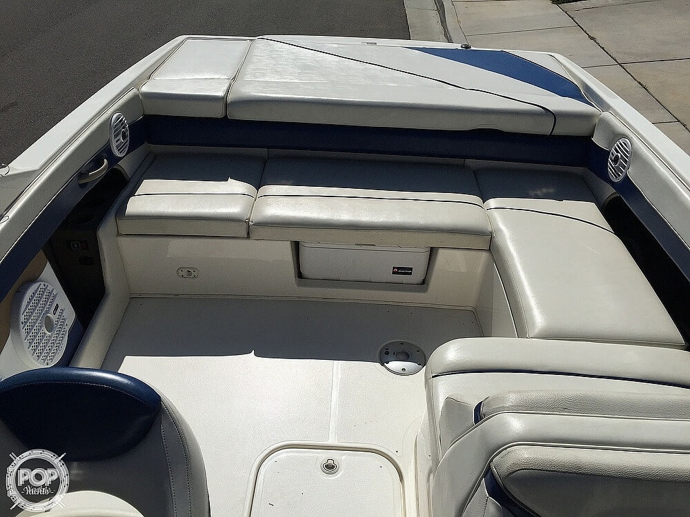 2004 Bayliner boat for sale, model of the boat is 225 & Image # 15 of 25