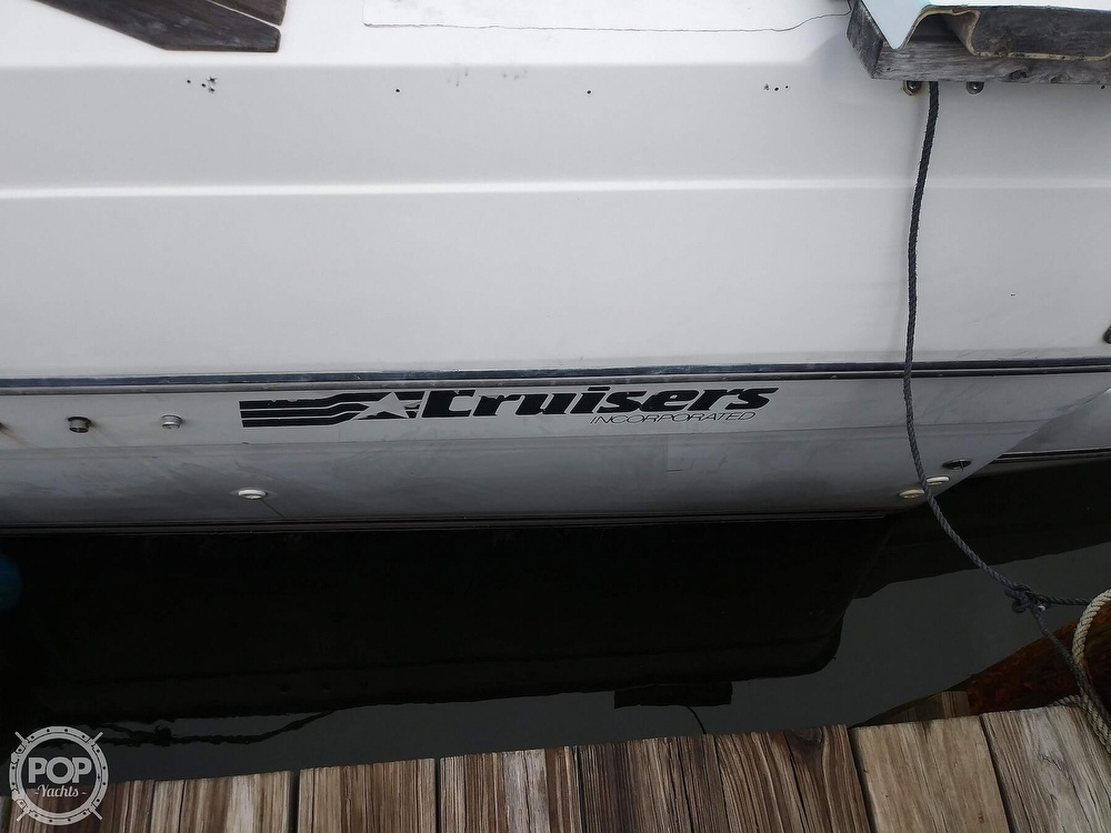 1989 Cruisers Yachts boat for sale, model of the boat is Espirit 3370 & Image # 9 of 40
