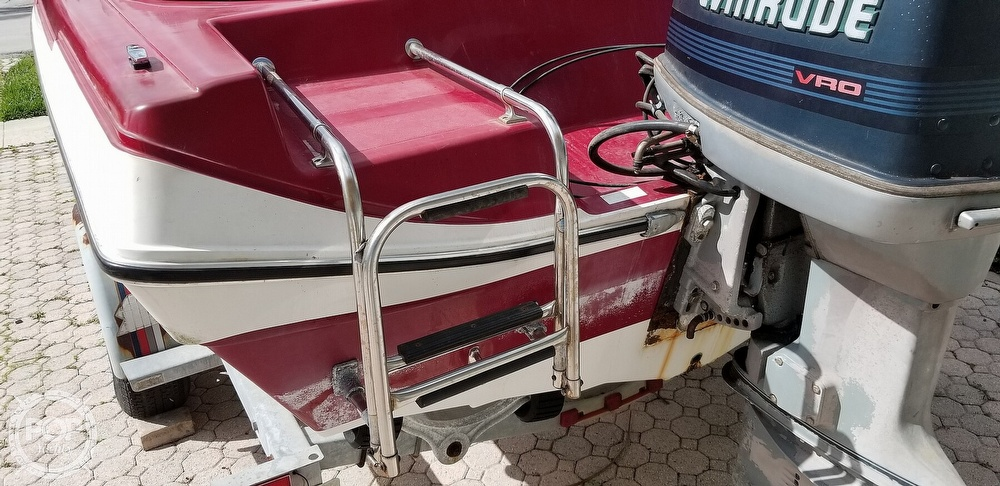 1990 Checkmate boat for sale, model of the boat is Pulse 186 & Image # 7 of 40