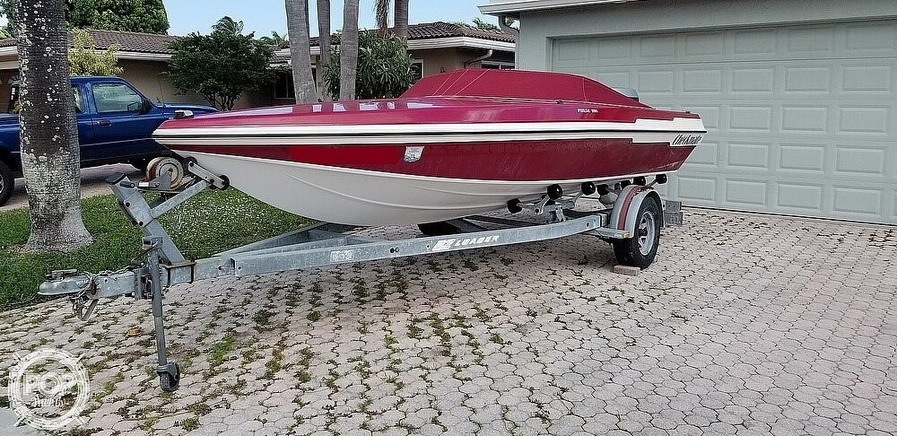 1990 Checkmate boat for sale, model of the boat is Pulse 186 & Image # 4 of 40